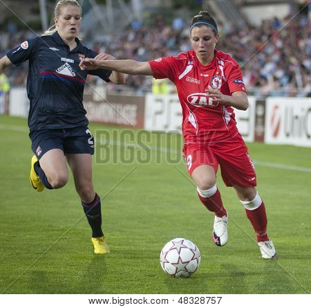 MADRID, SPAIN. 16/05/2010. Potsdam's FW Jessica Wich in action during the Women's Champions League final  played in the Coliseum Alfonso Perez, Getafe, Madrid.
