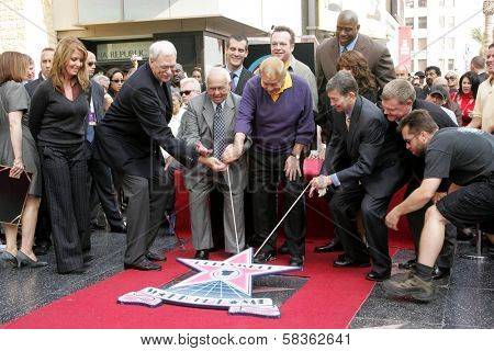 Jerry Buss with Family and friends at the Ceremony Honoring Los Angeles Lakers Owner Jerry Buss with the 2,323rd star on the Hollywood Walk of Fame. Hollywood Boulevard, Hollywood, CA. 10-30-06