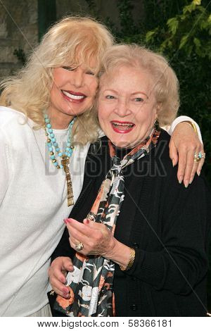 Loretta Swit and Betty White at 2006 Safari Brunch Fundraiser For The Wildlife Waystation. Playboy Mansion, Los Angeles, CA. 10-14-06