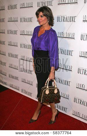 Lisa Rinna at the Sonya Dakar Skin Clinic Opening. Sonya Dakar SKin Clinic, Beverly Hills, CA. 10-24-06