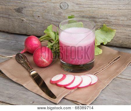Fresh Radish Smoothy Juice