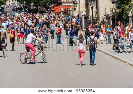 Hordes Of Tourists On A Street Of Paris, France