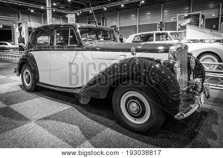 MAASTRICHT NETHERLANDS - JANUARY 14 2016: Full-size luxury car Bentley Mark VI 1950. Black and white. International Exhibition InterClassics & Topmobiel 2016