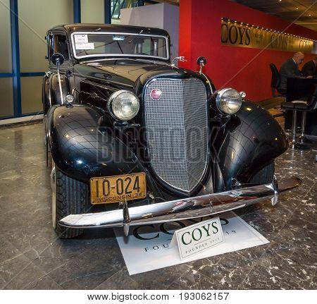 MAASTRICHT NETHERLANDS - JANUARY 15 2016: Vintage car Lincoln K-Model V12 544 1935. International Exhibition InterClassics & Topmobiel 2016