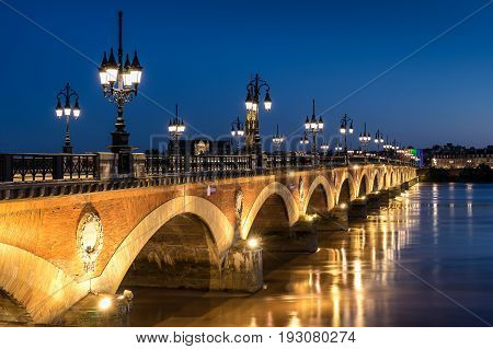 Pont de Pierre over the Garonne river in Bordeaux