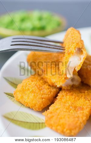 Breaded Fish Fingers With Peas