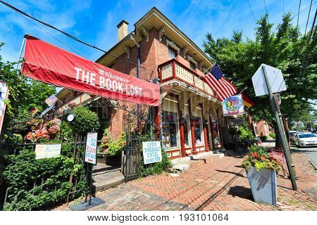 COLUMBUS, OHIO - JUNE 27, 2017:  The Book Loft in the German Village area of Columbus is one of the nations largest independent bookstores.