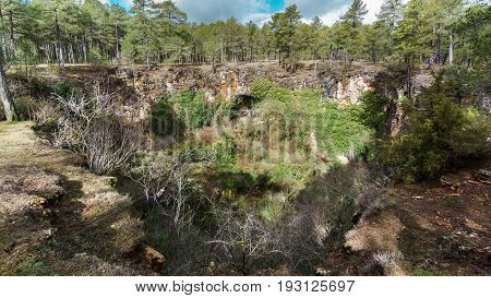 Wide angle view of Girlfriend Sinkhole in Cuenca