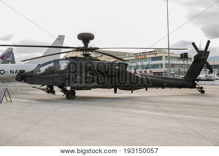 Military Ah64 Apache Attack Helicopter