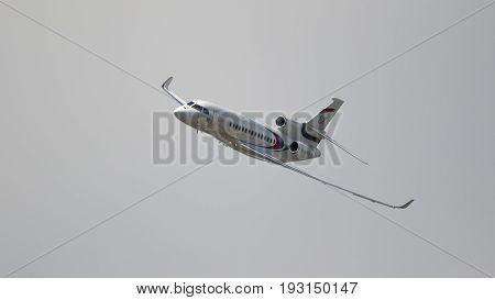 Dassault Falcon 8X Business Jet