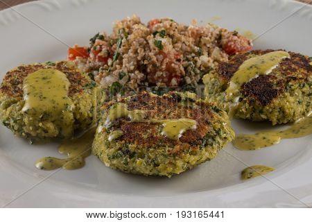 Tabbouleh With Falafel