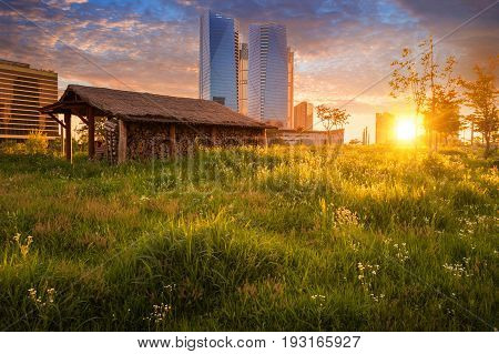 Seoul City With Beautiful In Sunset, Central Park In Songdo International Business District, Incheon