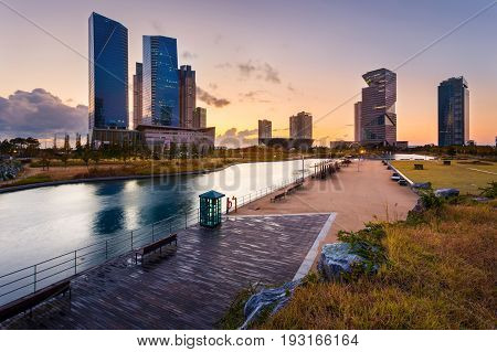 Seoul City With Beautiful After Sunset, Central Park In Songdo International Business District, Inch
