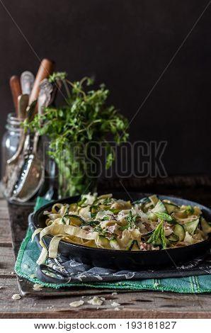 Fettuccine Alfredo With Zucchini