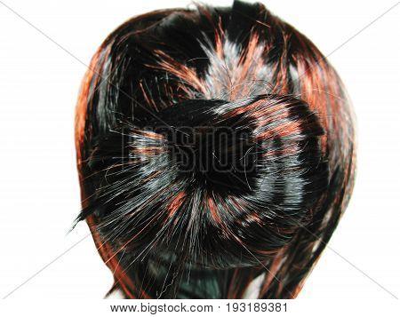 brunette highlight hair texture tuft style coiffure