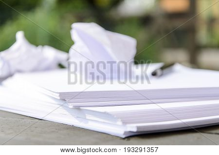 Lack of creative wig - paper pile