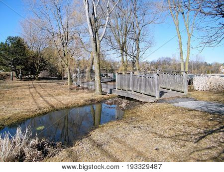 Overpass at Oakbank Pond in Thornhill, Canada