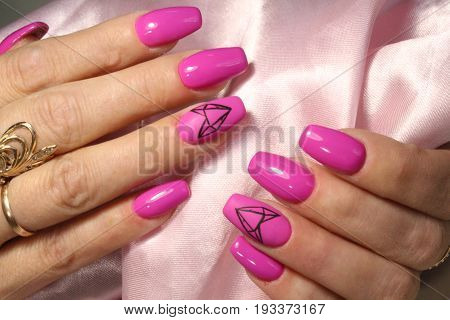 Pink Manicure Design With Pearls