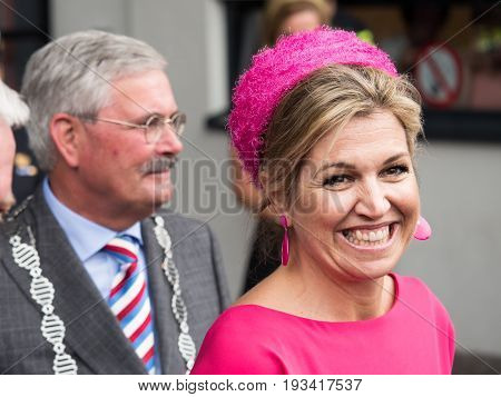 DRONTEN, NETHERLANDS - 29 JUNE 2017: Queen Maxima leaves De Meerpaal in Dronten after the King and Queen's s regional visit to the province of Flevoland
