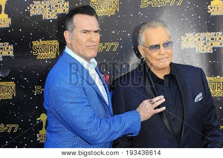 BURBANK - JUN 28: Bruce Campbell, Lee Majors at the 43rd Annual Saturn Awards at The Castaway on June 28, 2017 in Burbank, California