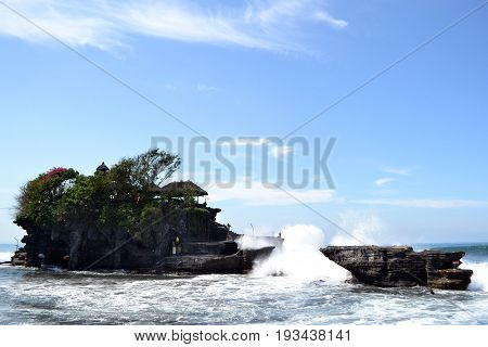 Tanah Lot temple by the sea, in Bali - Indonesia.