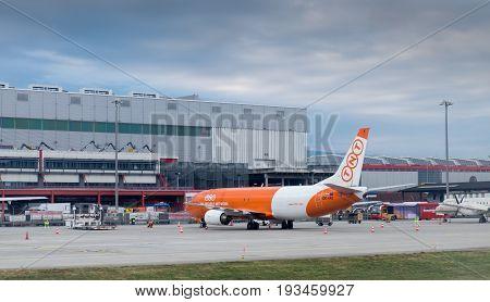 Boeing 737-4Q8(sf)  Of Asl Airlines Belgium At Geneva Airport. Switzerland