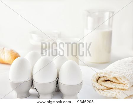 Still Life Air White Protein Breakfast