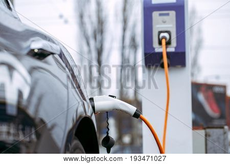Eco car transportation energy charge no people