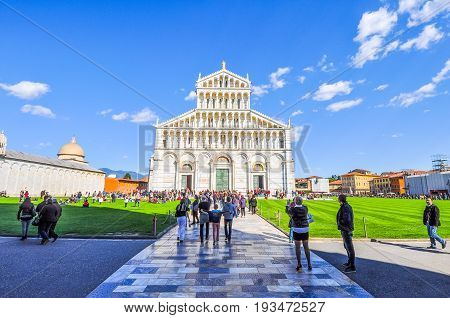 Hdr Pisa Cathedral