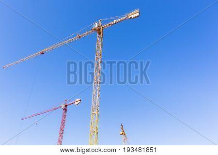 Construction Crane Machines