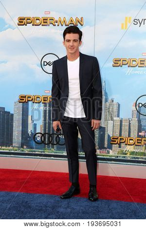 LOS ANGELES - JUN 28:  Drake Bell at the