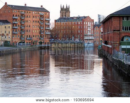 leeds the river aire and calls landing