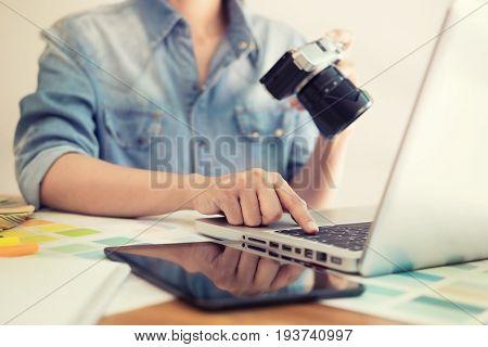 Photography Ideas Creative Occupation Design Studio Concept, Female Photographer Sitting On The Desk