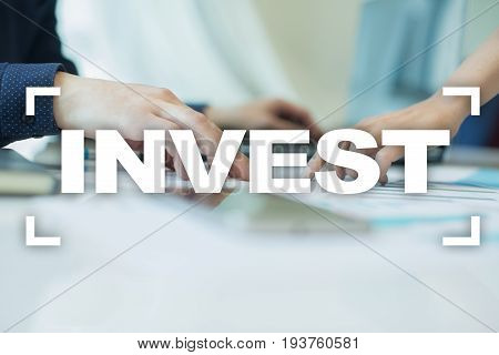 Invest. Return on investment. Financial growth. Technology and business concept
