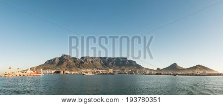 Cape Town with the Table Mountain in the background (view from the seaside)