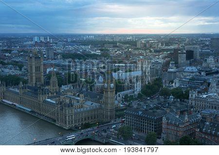 landscape of london at dusk in england