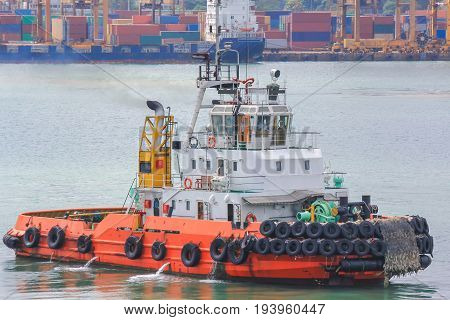 Tug boat hulls to support the service in the port area.