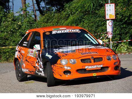 La Spezia Italia - July 02 2017 - Rally Golfo dei Poeti: the Rover Mg Zr 105 of the Mariani-Rubechi crew, Kappaerre scuderia, during the first special rally test.