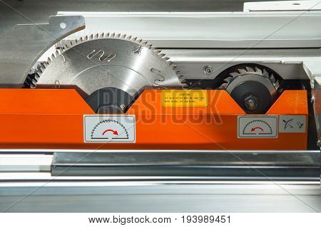 Close up Circular toothed blades Elements A precision circular saw cutting machine