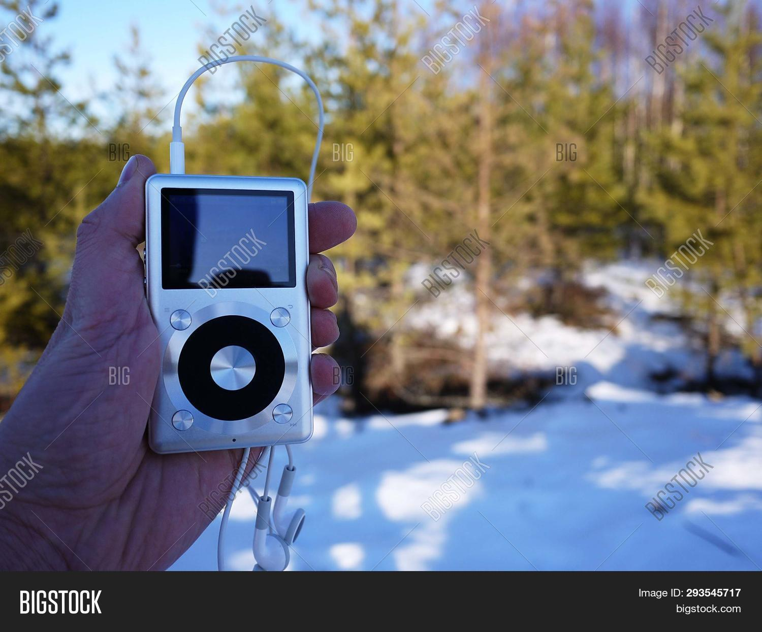 Personal Mp3 Player Image & Photo (Free Trial) | Bigstock