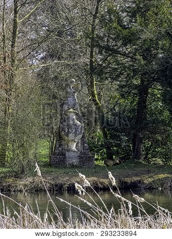 Stowe, Buckinghamshire, Uk - March 28: Congreves Monument On Elysian Fields On March 28, 2019 In Sto