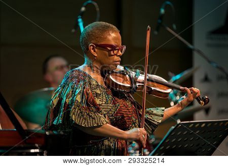 Cracow, Poland - March 9, 2019: Regina Carter, American Jazz Violinist An Amc Trio  Live On Stage Of