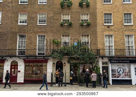 Sherlock Holmes Museum, Baker Street 221B, London