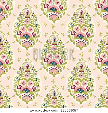 Hand Drawn Arabesque Floral Paisley Damask Illustration. Seamless Vector Pattern