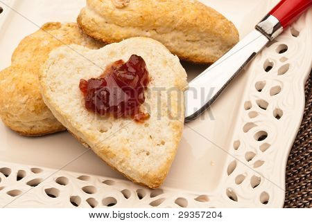 Heart Shaped Biscut With Jam 2