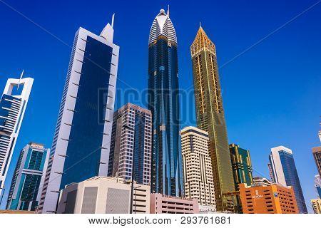 Architecture Od Trade Centre 2 Or Dubai Financial Centre