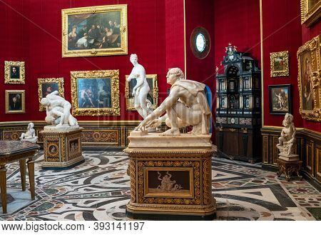 Florence, Italy - February 15, 2019: The Uffizi Gallery, Paintings And Sculptures In The Tribune Oct