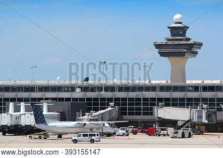 Washington, Usa - June 15, 2013: Porter Airlines Regional Turboprop Dash 8 At Dulles International A