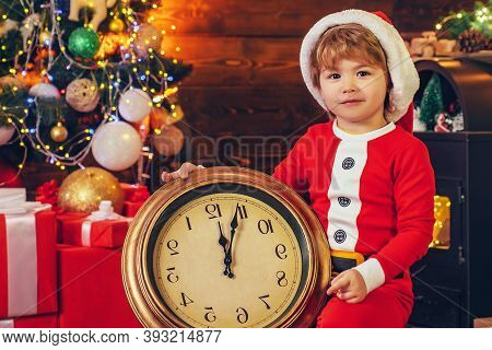 Midnight Miracle. New Year Countdown. Merry And Bright Christmas. Kid Enjoy Christmas. Family Holida