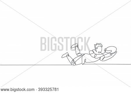 Single Continuous Line Drawing Of Young Agile Rugby Player Jump Flying To Catch Ball. Competitive Sp